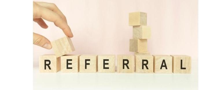 Customer referral rewards for customer retention